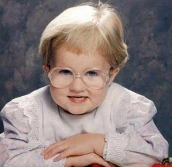 25 смешных фотографий, на которых дети выглядят минимум на пару десятилетий старше