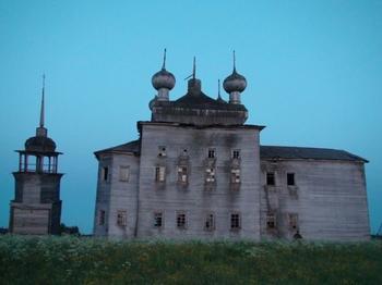 8 уникальных построек в отдалённых уголках России