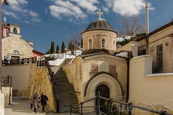 Киевские монастыри. Часть 1. Архангело-Михайловский Зверинецкий монастырь