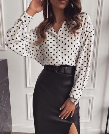 Стильная чёрная кожаная юбка