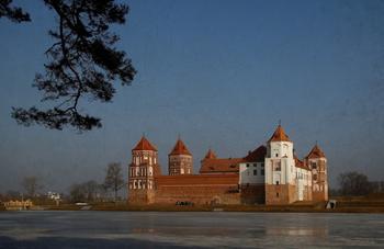Три средневековых замка «страны эльфов» Беларуси, которые стоит увидеть собственными глазами