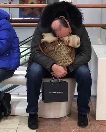 25 смешных фото мужчин, которые пошли на шопинг со своими женщинами и горько пожалели