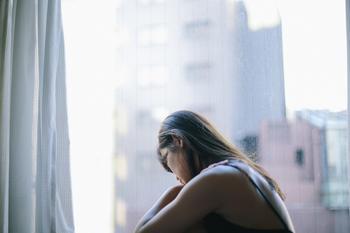 3 самых одиноких и кризисных возраста в жизни по версии ученых