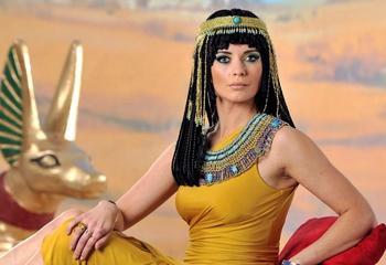 Каноны красоты: как выглядели идеальные женщины в древние времена и до ХХI века