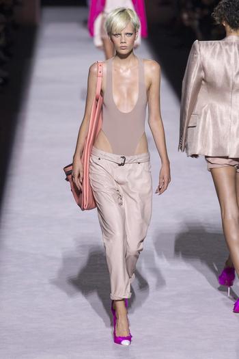 Что носить в новом сезоне? 10 тенденций недель моды