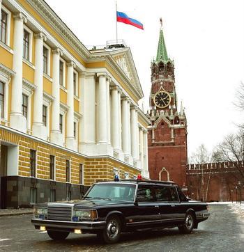 «Наблюдалки», «догонялки» и «Черный доктор»: уникальные машины спецслужб СССР