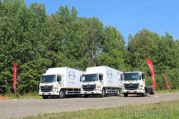 Обновленные «пятсотки» HINO - для транспортников России