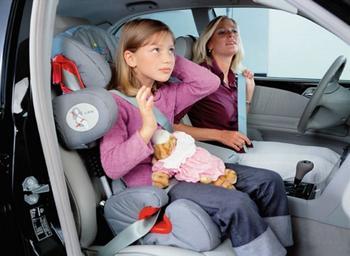 Можно ли перевозить ребенка младше 12 лет без автокресла