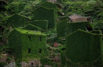 Фотопутешествие в заброшенную деревушку Хоутоувань
