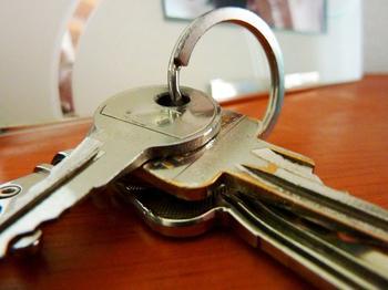 Как выселяют из служебных и государственных квартир?