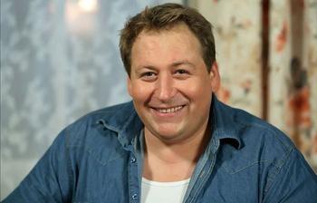 На какие жертвы пошёл Станислав Дужников ради съёмок в сериале «Воронины»