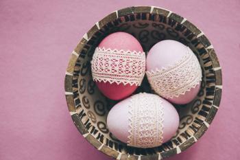 Ажурные мешочки для пасхальных яиц: подробный мастер-класс
