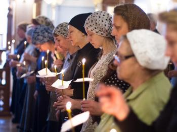 Как правильно нужно креститься православным христианам