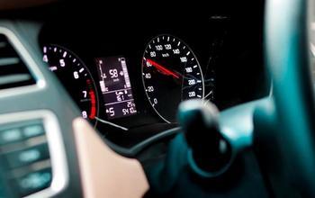 15 бесполезных автомобильных опций, которые только больше путают
