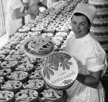 Как в СССР появился «Киевский торт»?