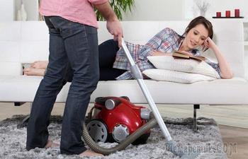 7 вещей, которые нельзя убирать пылесосом, чтобы не навредить потом всей семье
