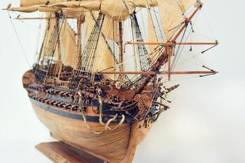 Корабли из ценных пород дерева