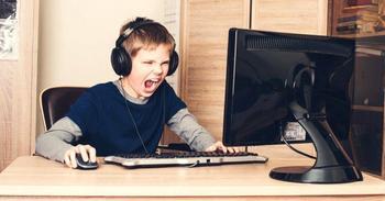 Кузница будущих чемпионов: в российских школах откроют кружки киберспорта