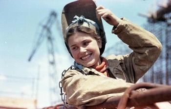 20 значимых фотографий из прошлого России, когда все были дружнее и счастливее