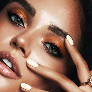 20 вариантов шикарного праздничного макияжа для шатенок 2021