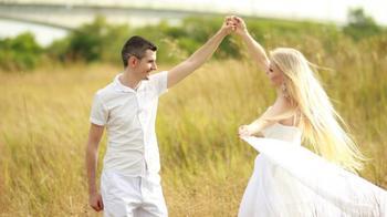 Гороскоп одиноких: рейтинг знаков Зодиака которым сложно построить отношения