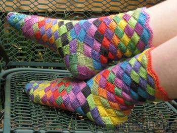 Как связать носки спицами детям и взрослым? Схемы вязаных носков в технике энтерлак