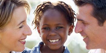 Патронатная семья - это форма устройства детей-сирот и детей, оставшихся без попечения родителей