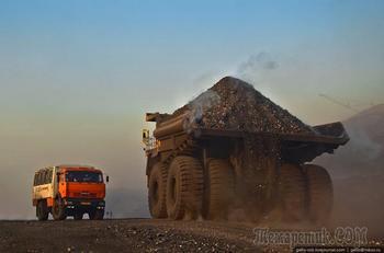 """""""БелАЗ 75600"""" — самый большой грузовик"""
