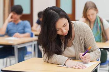 Сдавать экзамен во сне: возвращение в школьные и студенческие годы