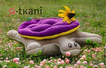 Подушка - игрушка черепах  по имени «Клевер»