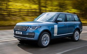 Range Rover PHEV и Range Rover Sport SVR: что общего