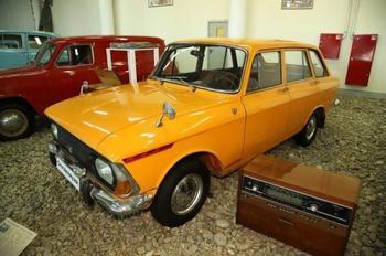 ИЖ-2125 - первый серийный советский лифтбек