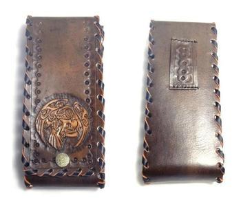 Маленькая кожаная сумочка на пояс