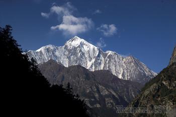 Непал. Гималаи. Трек вокруг Аннапурны. 2. Катманду - Бесисахар - Сианге (1300 м) - Тал (1700 м)