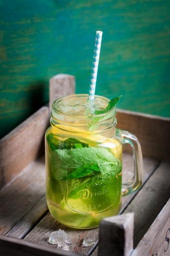 8 напитков, которые ускорят обмен веществ в два счета