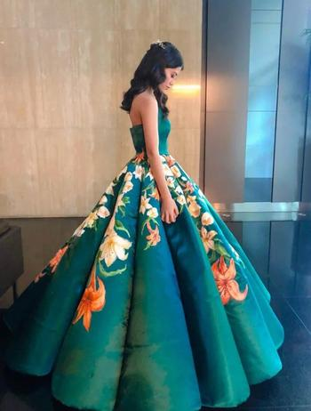 Шикарное выпускное платье своими руками