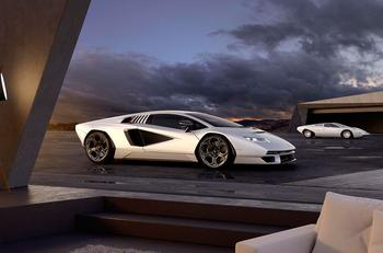 В Lamborghini отважились возродить легенду Lamborghini Countach