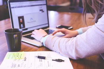 Как найти в Интернете друзей: способы знакомства и общения в Сети