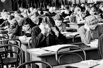 Небесплатное образование: когда и почему в СССР старшеклассники и студенты платили за обучение
