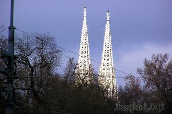 Вена 18. Вотивкирхе - одна из самых значимых неоготических церквей мира