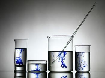 Удивительные химические реакции в действии
