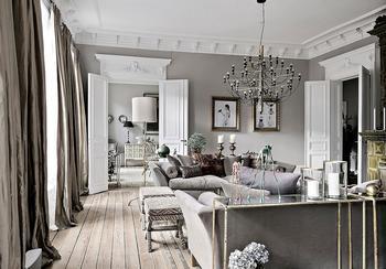 Серая квартира в Стокгольме с большим количеством декора (169 кв.м)