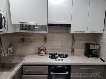 """Кухня: шесть """"квадратов"""" в полоску"""