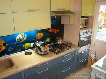 Кухня с аквариумом: вариант для оптимистов