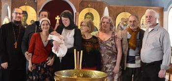 Может ли бабушка быть крестной: особенности выбора, обязанности, наставления священнослужителей