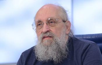 Депутат Анатолий Вассерман призвал силовиков заняться антипрививочниками