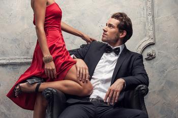 8 вещей, которые делают в отношениях зрелые женщины