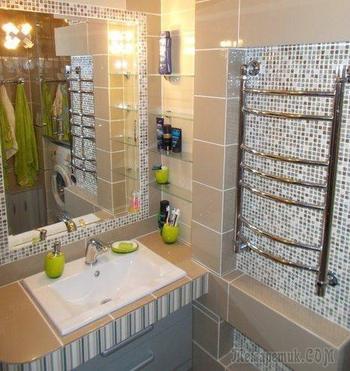 Увеличили площадь в ванной за счет коридора
