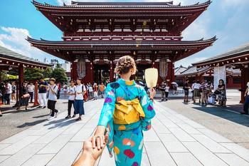 В Японии будут платить туристам, которые приедут в страну