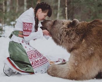 15 фотографий о природной связи между человеком и животными